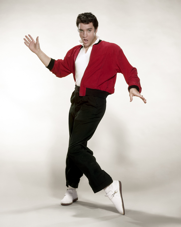 ELVIS_00119_dancing-grey-bkg-16x201.jpg